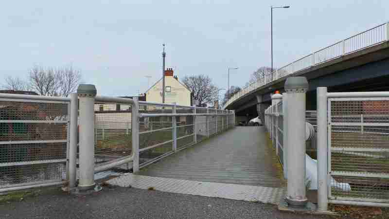 Canal Bridge Re-opens After Closure