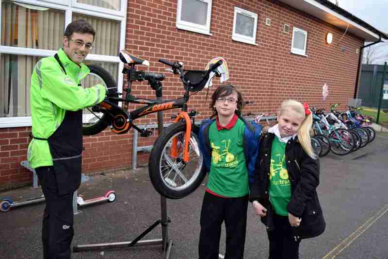 Sheep Dip Lane Primary Joins Bike-It