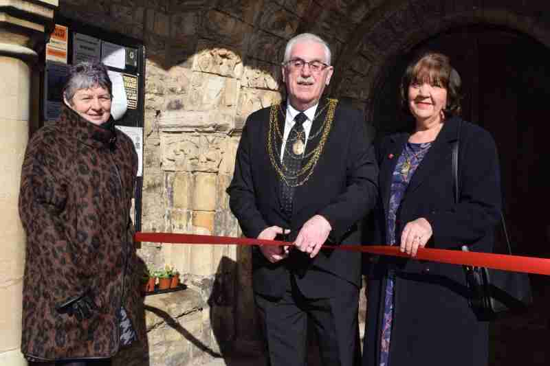 In Pictures: Civic Mayor Opens Church Exhibition