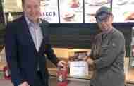Restaurant Raises Funds For Families Support Charity